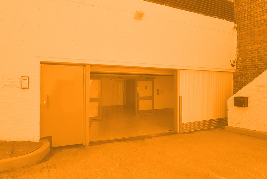 How does self storage work?